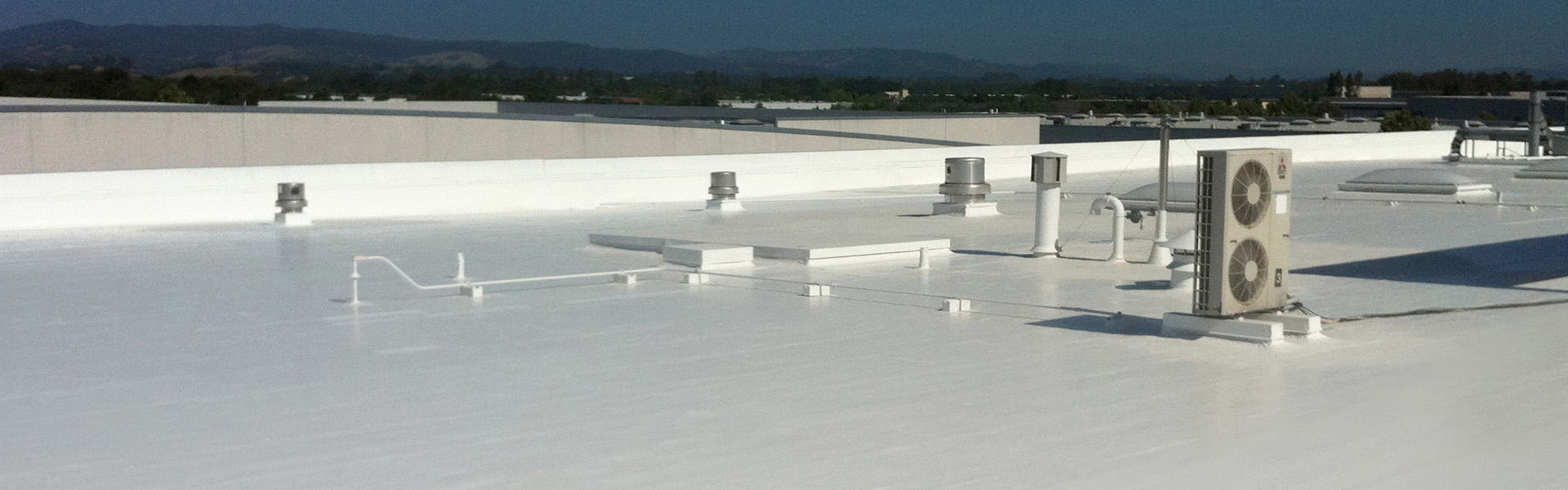 SAVE UP TO 30% ON YOUR MONTHLY ENERGY BILL AND EXTEND THE LIFE OF YOUR ROOF WITH A COOL ROOF COATING BY JAKES ROOFING